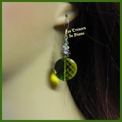 Boucles d'oreilles en verre faceté vert et cristal Swarovski