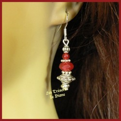Boucles d'oreilles en jade rouge framboise