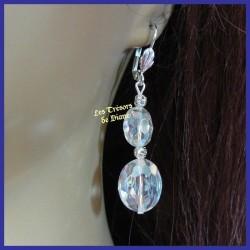 Boucles d'oreilles en cristal blanc irisé